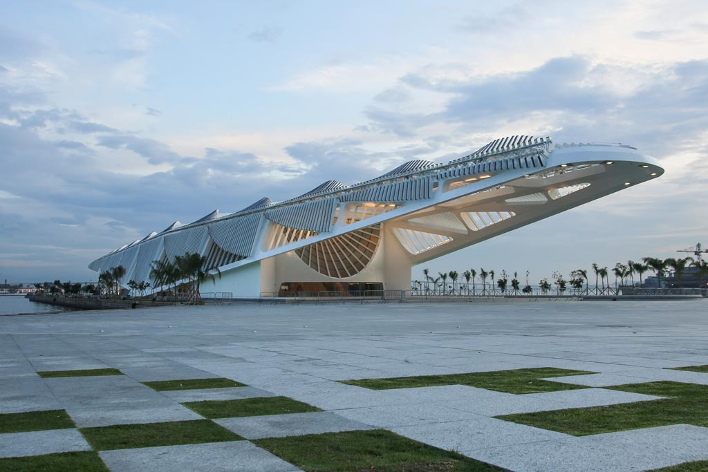 00-com-projeto-de-santiago-calatrava-museu-do-amanha-e-inaugurado-no-rio