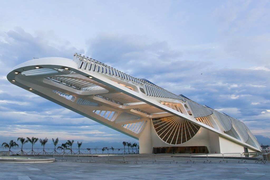 00a-com-projeto-de-santiago-calatrava-museu-do-amanha-e-inaugurado-no-rio