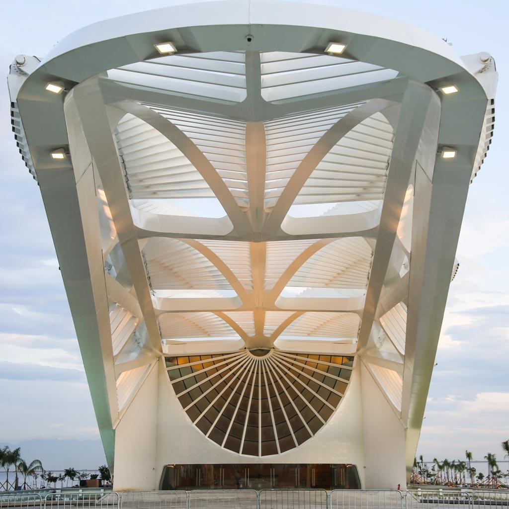 00b-com-projeto-de-santiago-calatrava-museu-do-amanha-e-inaugurado-no-rio