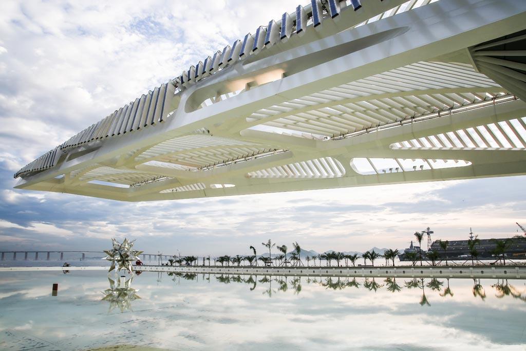 00d-com-projeto-de-santiago-calatrava-museu-do-amanha-e-inaugurado-no-rio