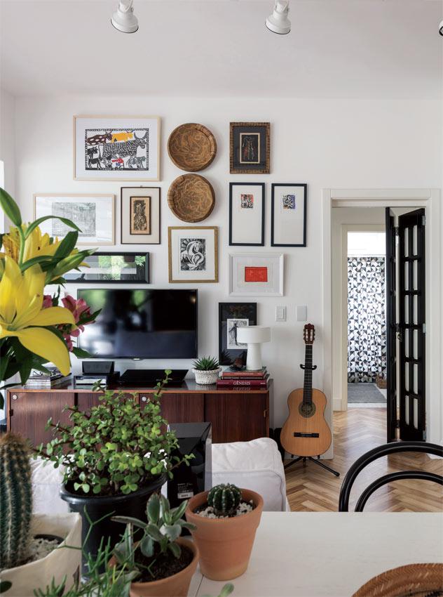 01-apartamento-de-90-m2-e-reformado-e-marca-mudanca-de-rotina-do-casal