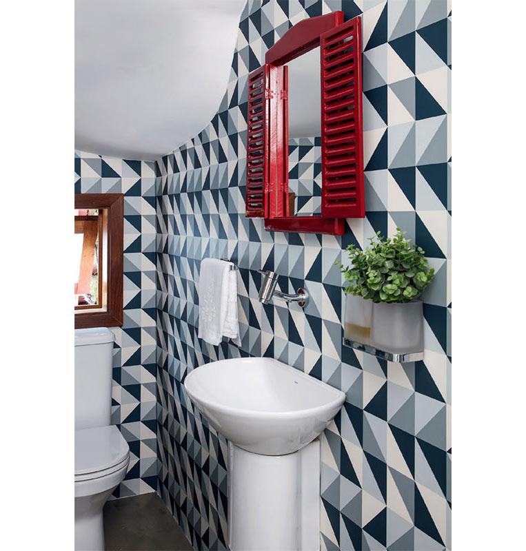 01-espelhos-que-roubam-a-cena-nestes-banheiros