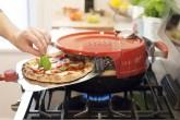 01-este-forno-portatil-deixa-que-voce-asse-pizza-em-casa-em-seis-minutos