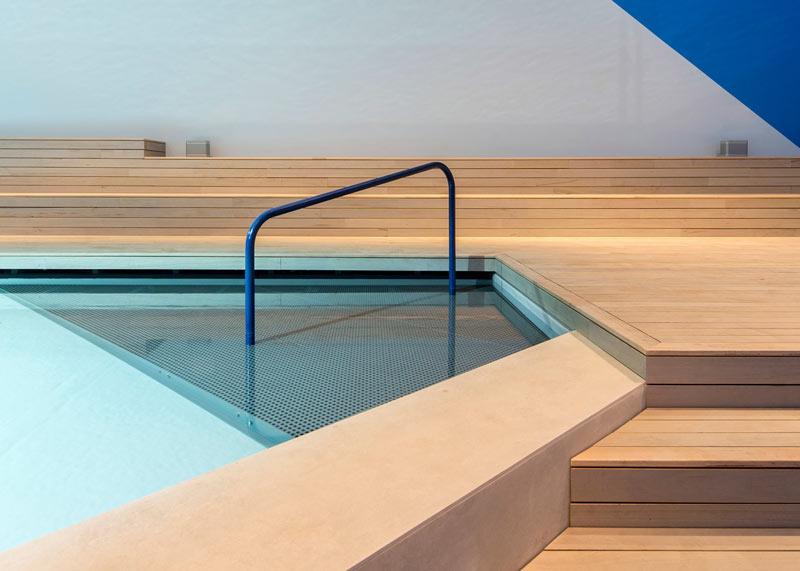 02-australia-leva-uma-piscina-para-seu-pavilhao-na-bienal-de-veneza
