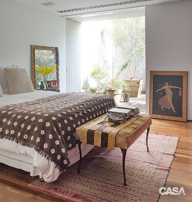 02-conforto-e-claridade-sao-destaques-na-casa-de-uma-curadora-de-moda