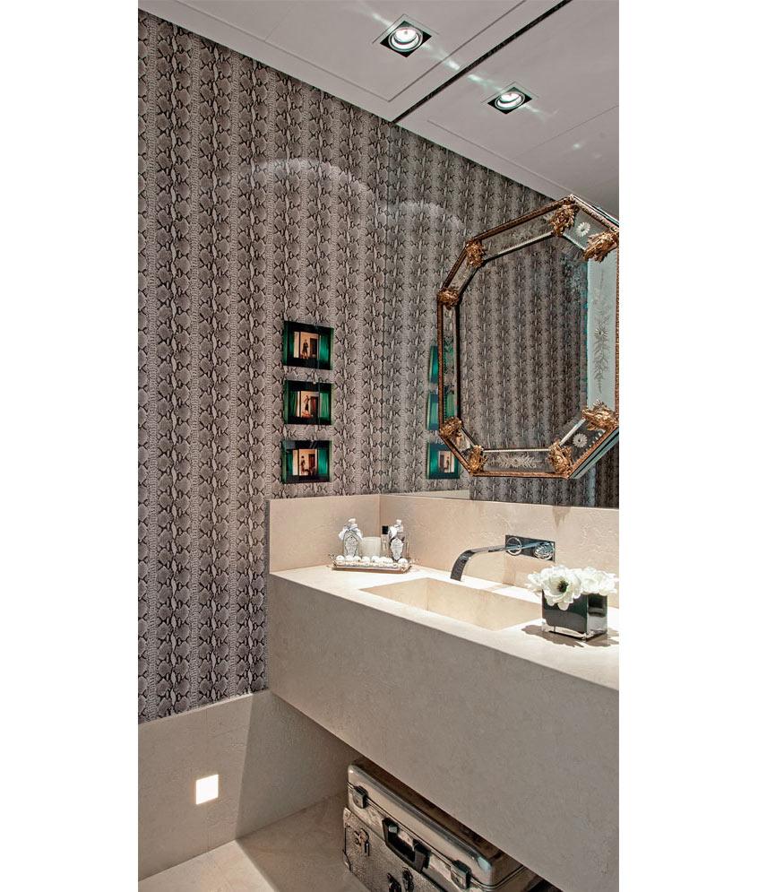 02-espelhos-que-roubam-a-cena-nestes-banheiros