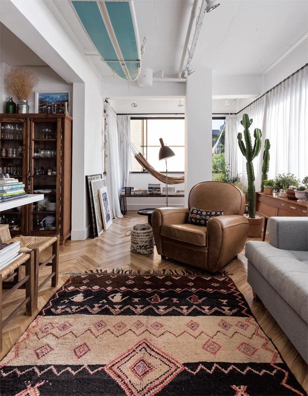03-apartamento-de-90-m2-e-reformado-e-marca-mudanca-de-rotina-do-casal