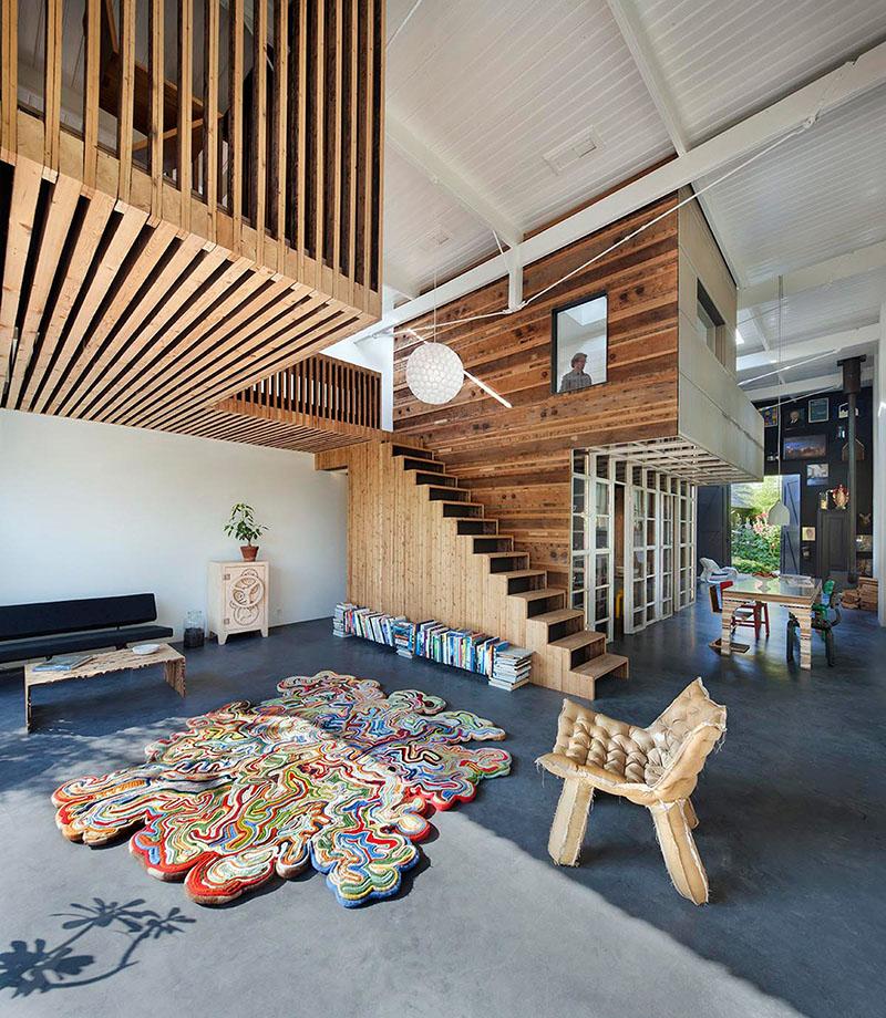 03-arquiteto-transforma-cocheira-do-seculo-19-em-sua-casa-e-escritorio