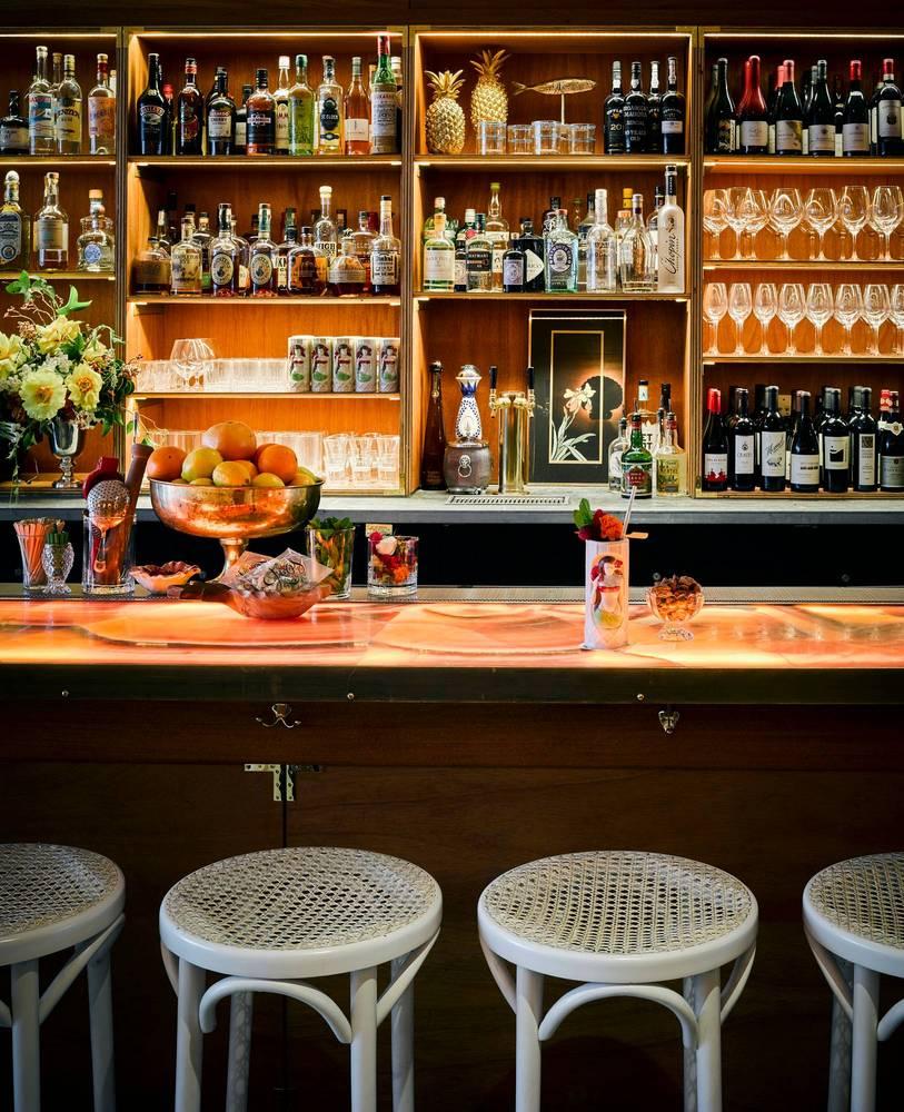 03-bar-em-sao-francisco-tem-decor-inspirado-em-mad-men-e-no-havai