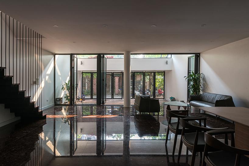 03-casa-no-vietna-tem-nove-terracos-verdes-escalonados