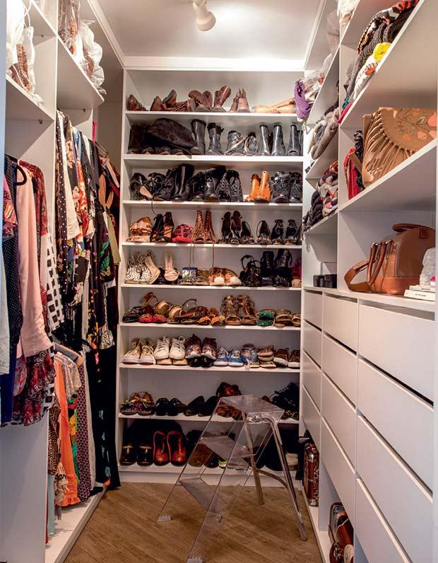 04-a-blogueira-bia-perroti-abre-o-seu-closet-para-a-casa-claudia