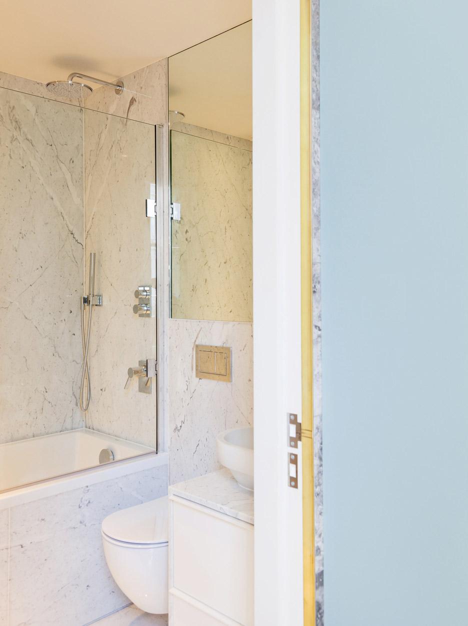 04-arquitetos-modernizam-apartamento-de-45-m2-em-terraco-vitoriano