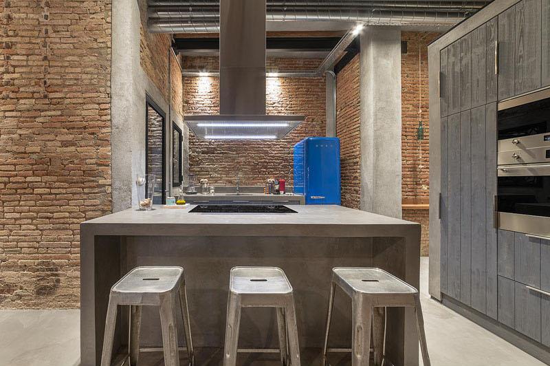 04-oficina-de-carpintaria-se-torna-uma-casa-moderna