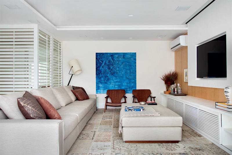 05-apartamento-grande-no-rio-e-luminoso-e-tem-decor-suave-e-elegante