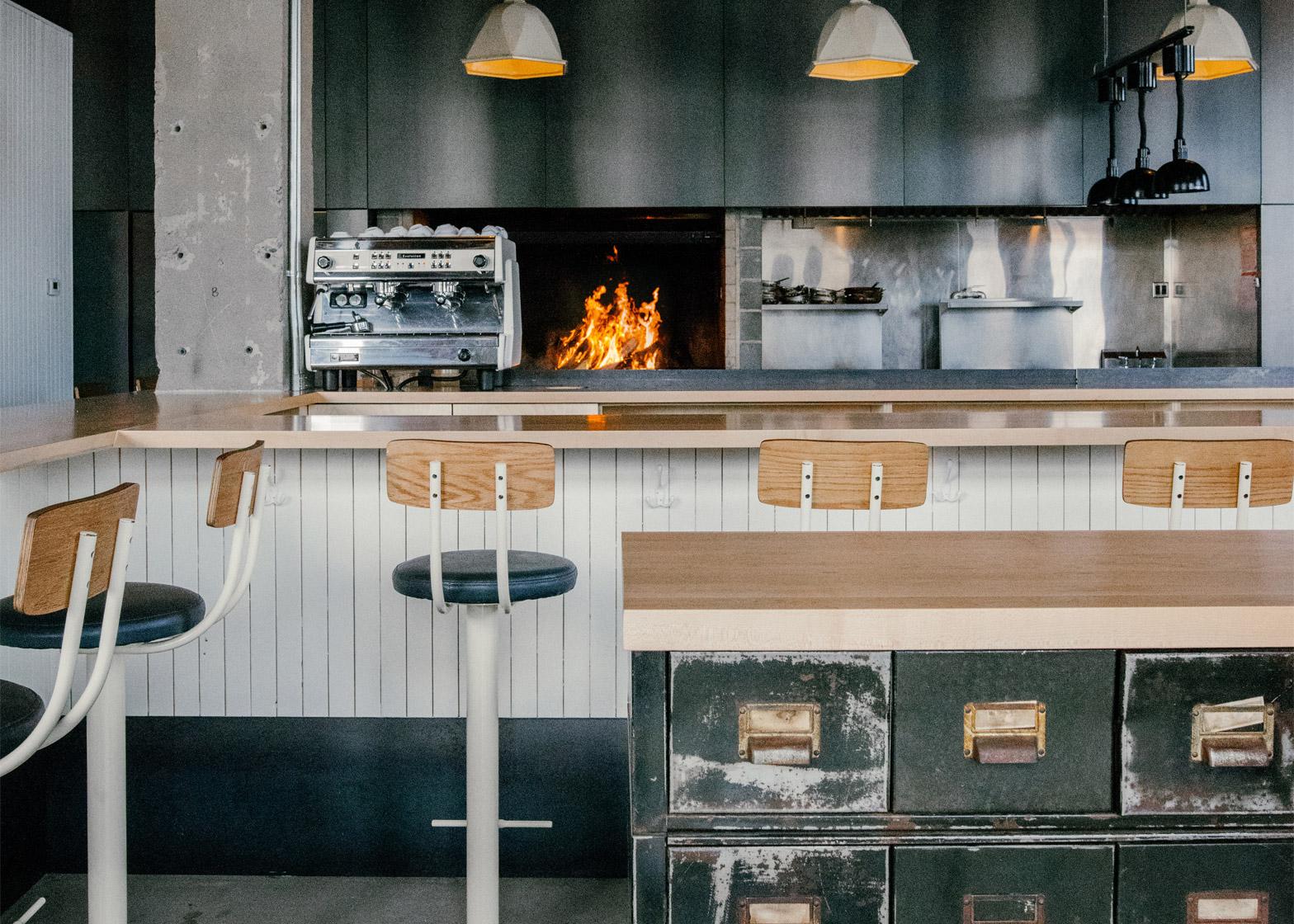 06-restaurante-montreal-antiga-fabrica-transformacao