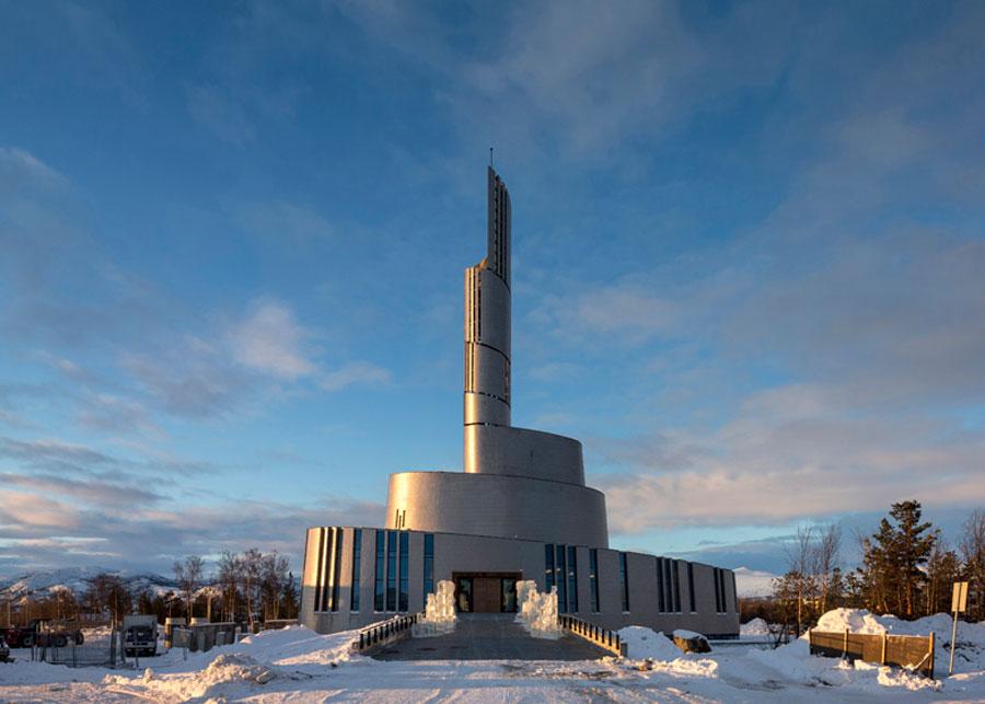 07-projetos-de-igrejas-que-fogem-do-convencional