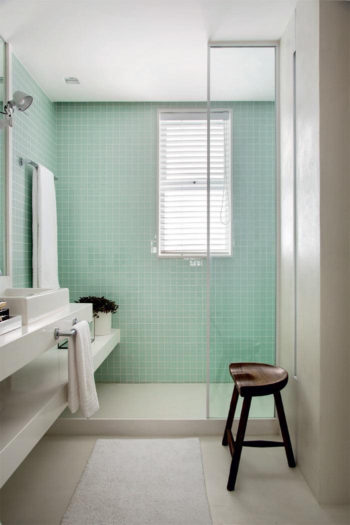 08-apartamento-grande-no-rio-e-luminoso-e-tem-decor-suave-e-elegante