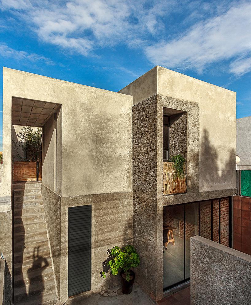08-apos-reforma-casa-no-mexico-tem-espacos-para-morar-e-trabalhar