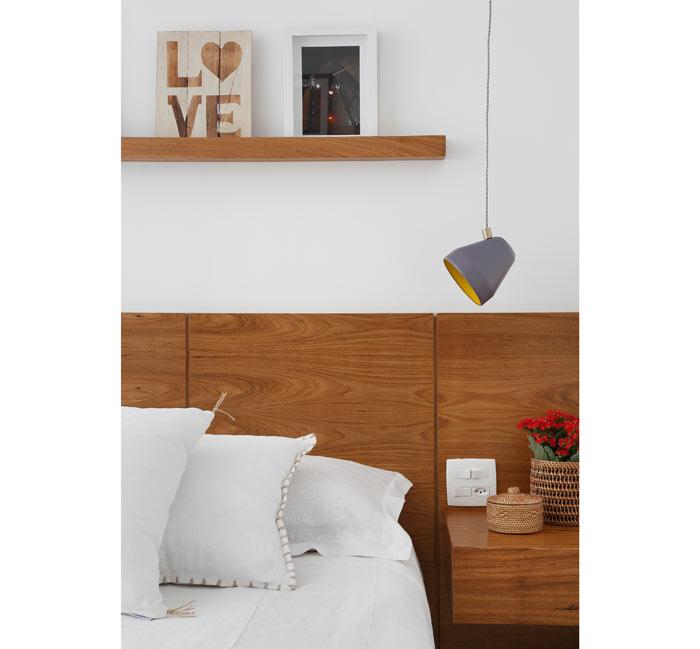 10-apartamento-de-90-m2-no-rio-de-janeiro-aposta-no-branco-e-na-madeira