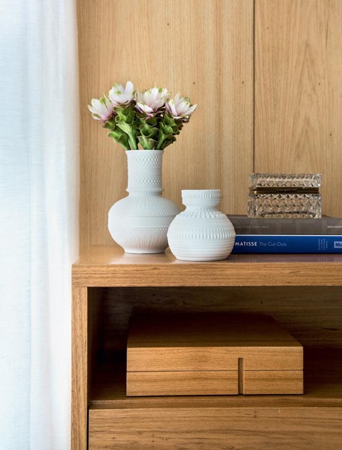 10-apartamento-grande-no-rio-e-luminoso-e-tem-decor-suave-e-elegante