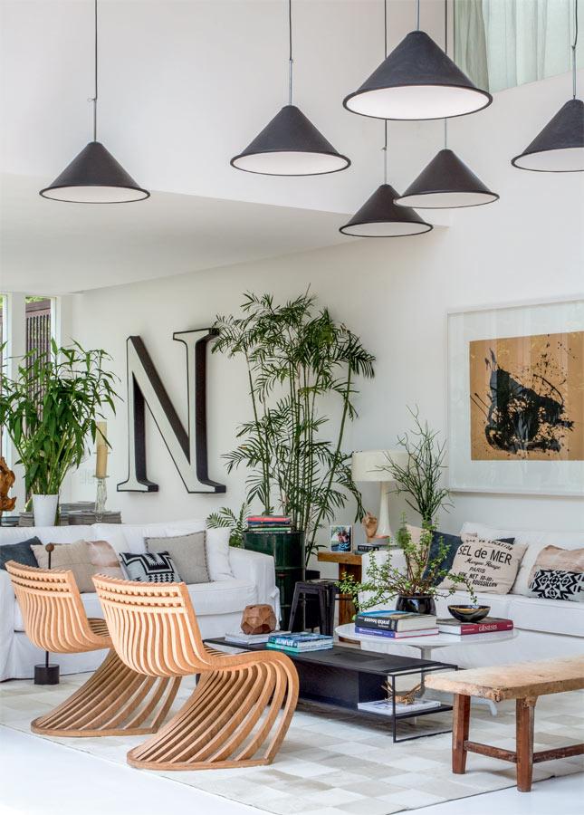10-casa-toda-de-envidracada-no-rio-abre-se-para-um-paisagismo-exuberante