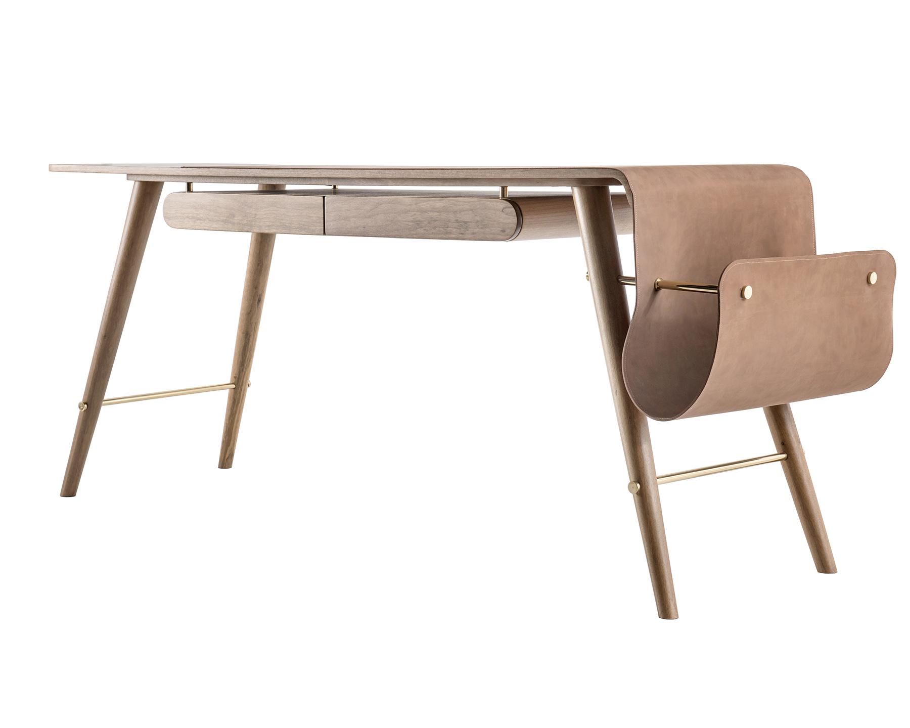 12-premio-mcb-2016-mobiliario-3-lugar-produto-escrivaninha-sao-basilio-foto-claudio-fonseca