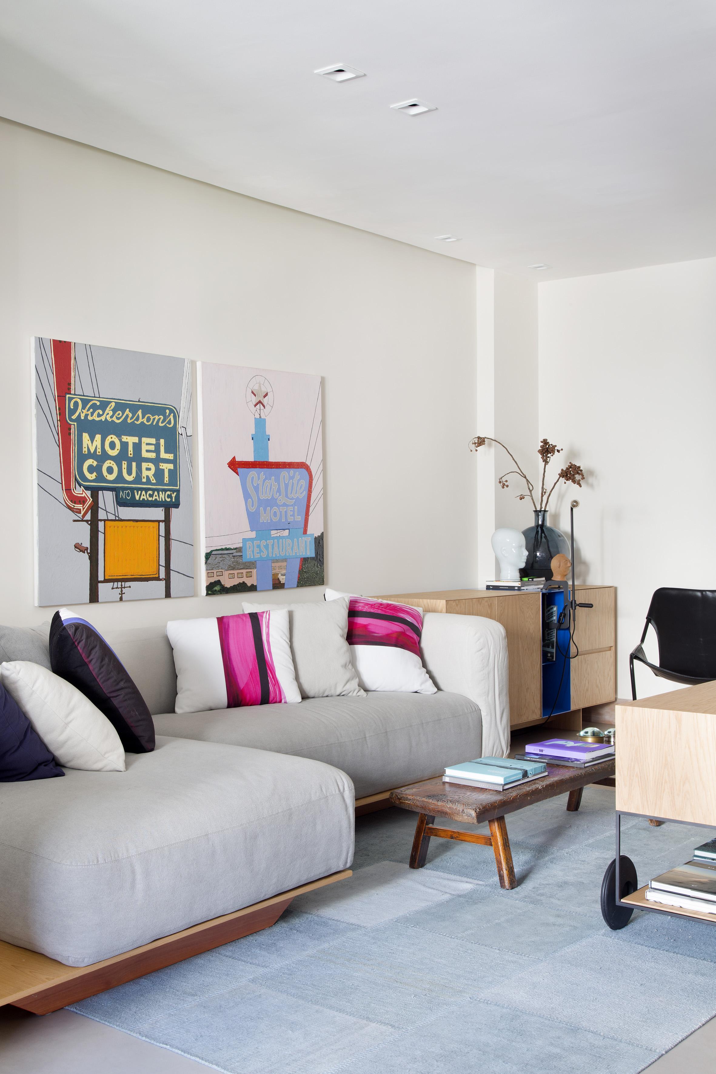 2-inspiracao-gente-sala-de-estar-dividida-em-dois-ambientes