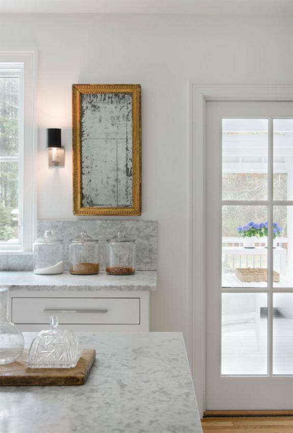 3-inspiracao-do-dia-cozinha-em-tons-neutros-mistura-madeira-e-marmore