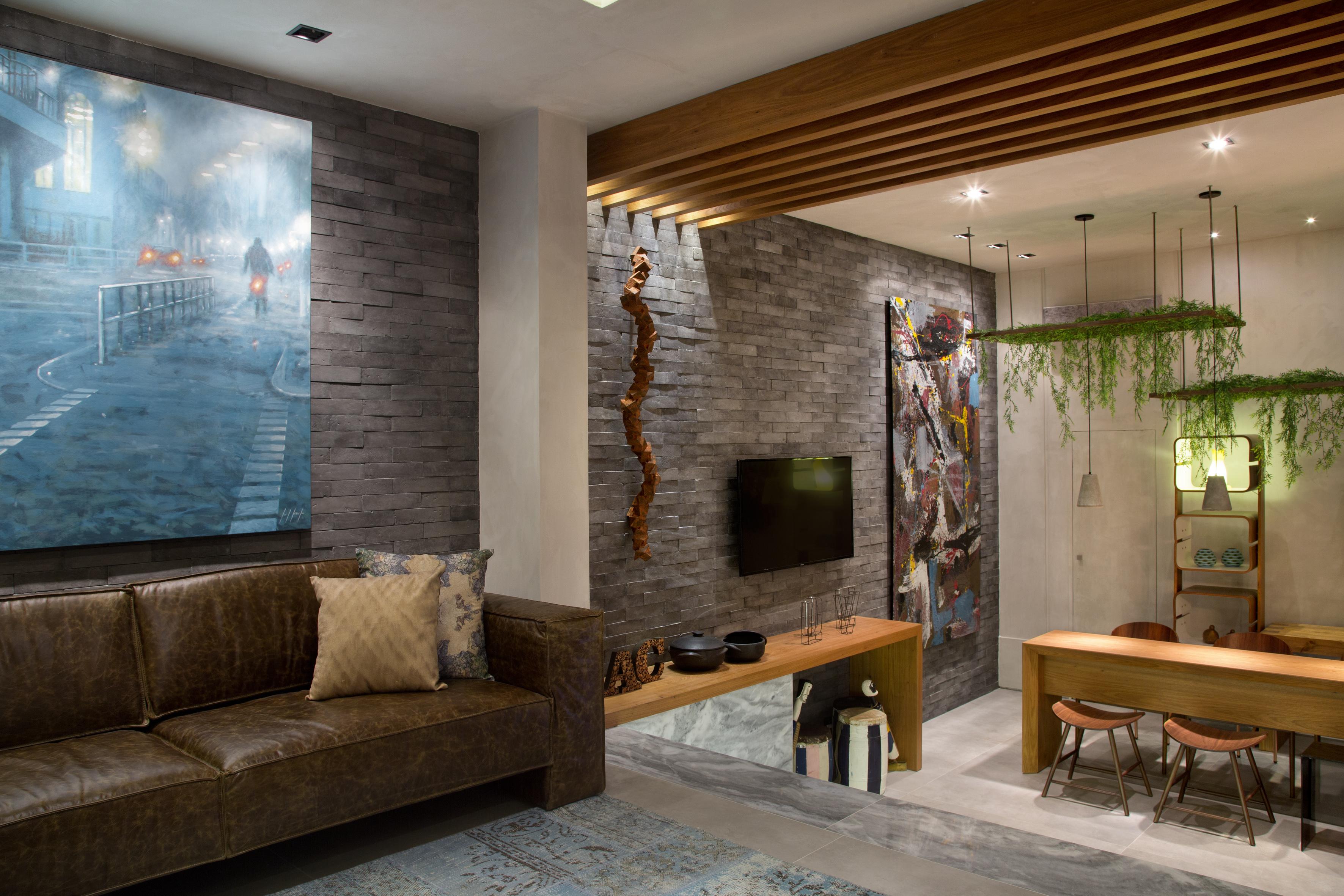 3-inspiracao-do-dia-lounge-com-grafite-em-persiana-e-parede