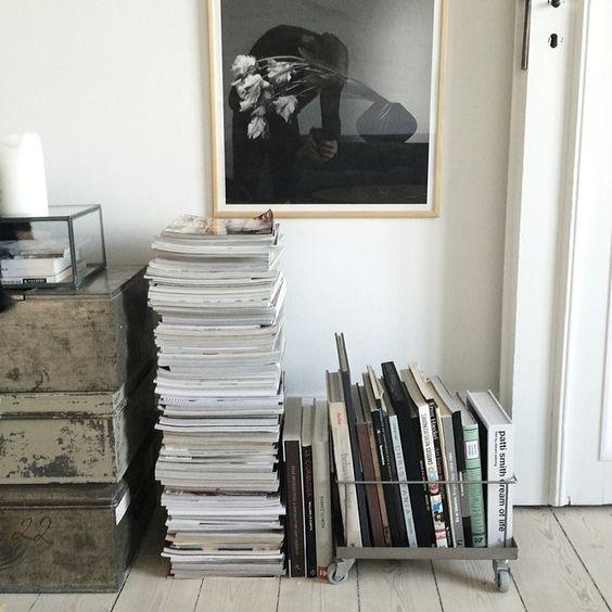 3-pilha-de-revistas