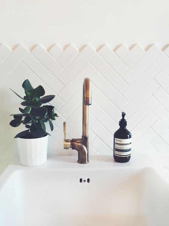 4-banheiro-decorado-com-subway-tiles