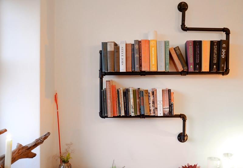 6-maneiras-estilosas-de-expor-seus-livros-estantes