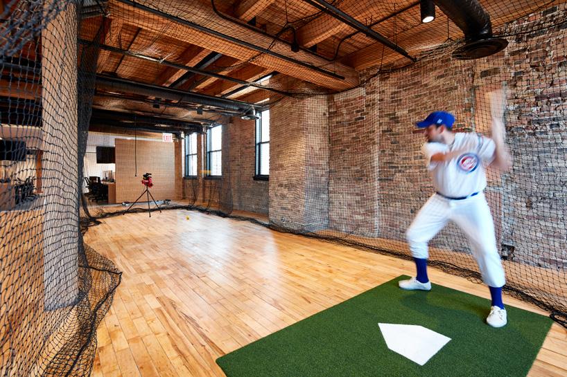 8-arquitetos-desenvolvem-espacoso-escritorio-em-chicago