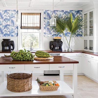 cozinha-com-estilo-das-bahamas-papel-de-parede-palmeiras-azul