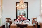destaque-como-combinar-lustre-de-cristal-e-espelho-na-sala-de-jantar