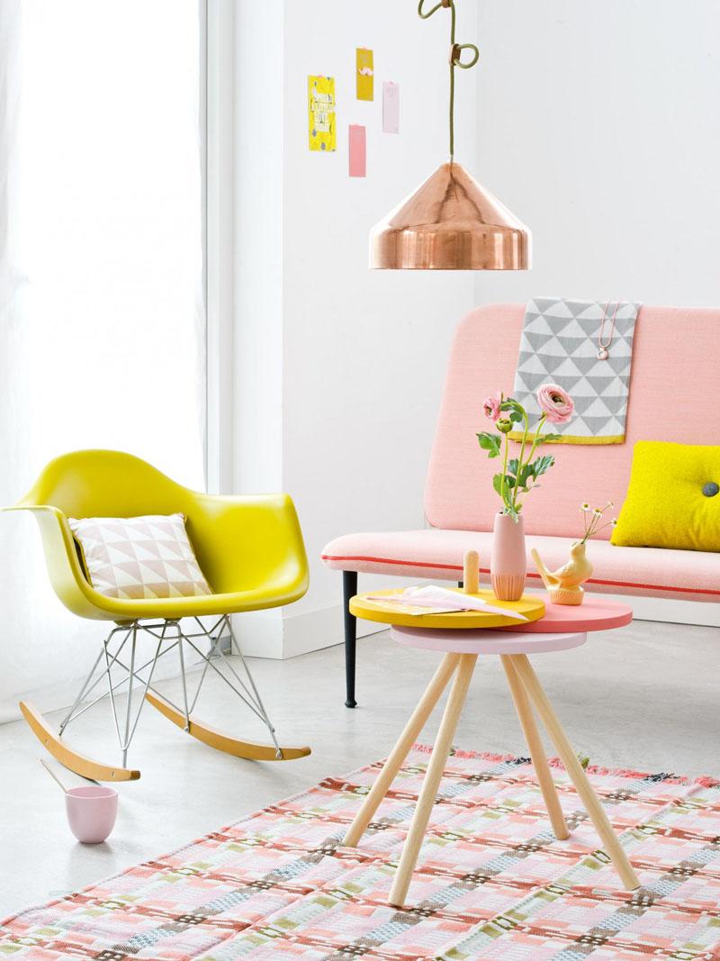 sala-em-tom-pastel-rosa-e-amarelo