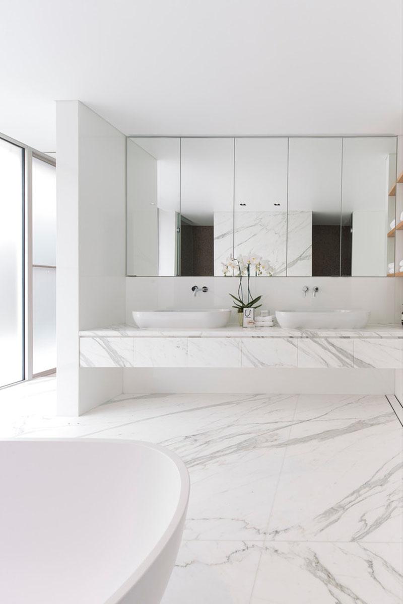 3-7-maneiras-de-adicionar-mármore-ao-banheiro