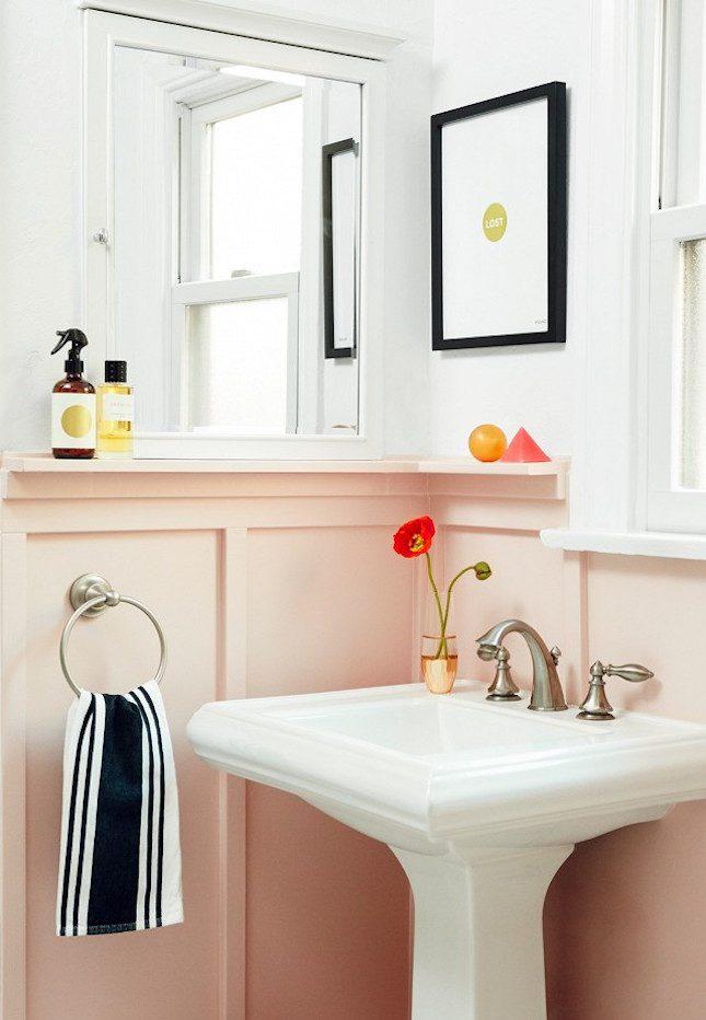 my-domaine-banheiro-de-nina-dobrev-meia-parede-rosa