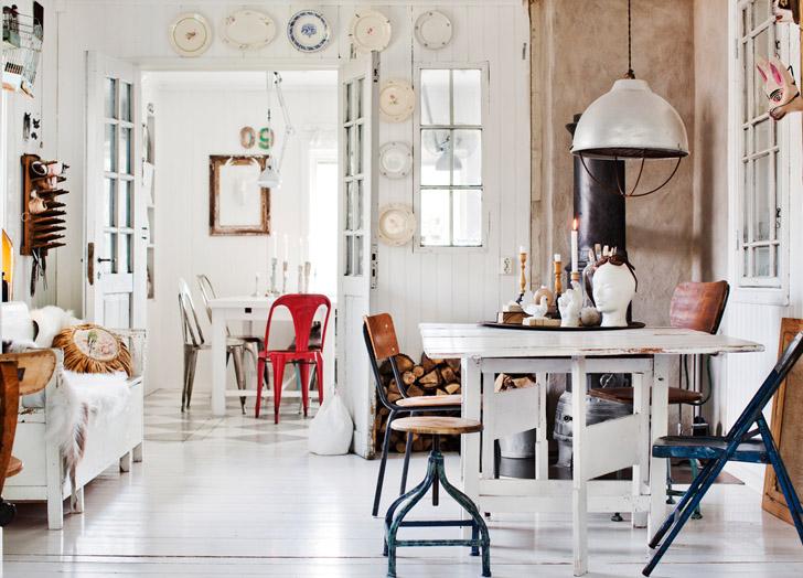 peças-desordenadas-na-sala-de-estar-e-jantar-LINA OSTLING