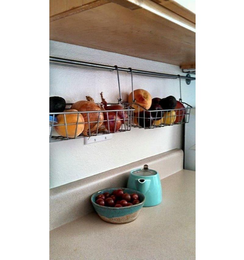 vegetais-em-cestas-penduradas