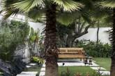 00-jardim-tropical-com-caminhos-patio-e-fonte