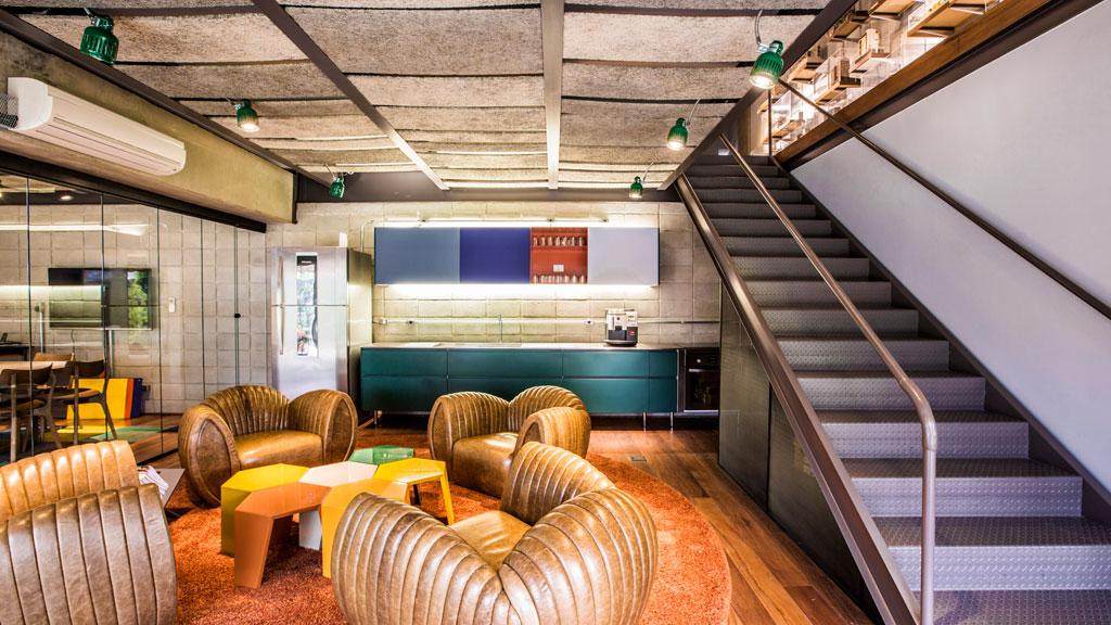01-2015-escritorios-e-consultorios-vencedores-do-premio-casa-claudia-design-de-interiores