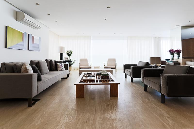 01-apartamento-com-paleta-neutra-e-boas-ideias-de-marcenaria