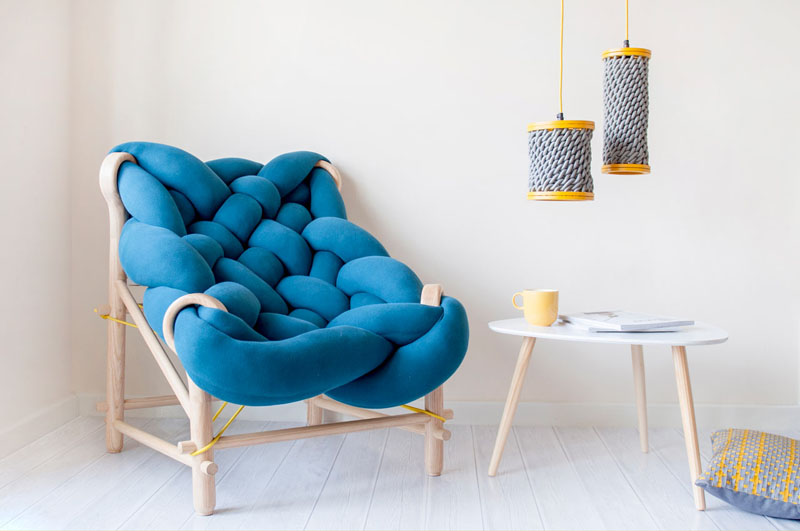 01-designer-combina-trico-e-tecelagem-com-formas-contemporaneas