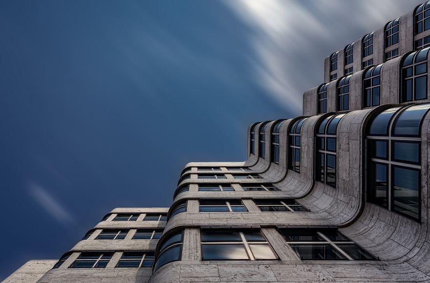 01-fotografo-captura-detalhes-arquitetonicos-em-diversos-paises