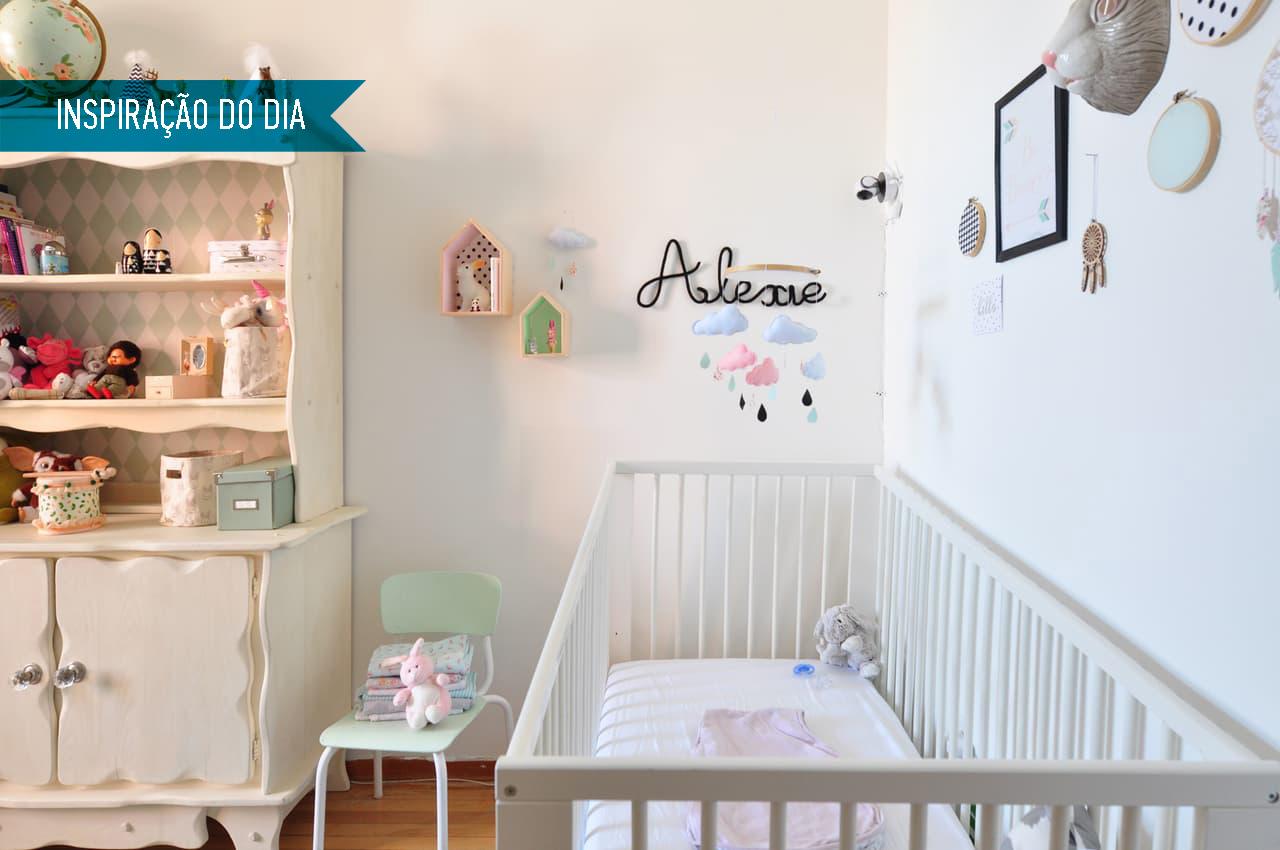 01-quarto-de-bebe-com-tons-pasteis-e-diys-fofos