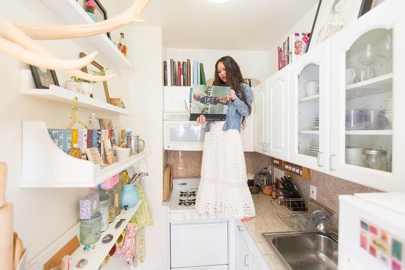 01-truques-para-cozinhas-pequenas-que-este-ambiente-ensina