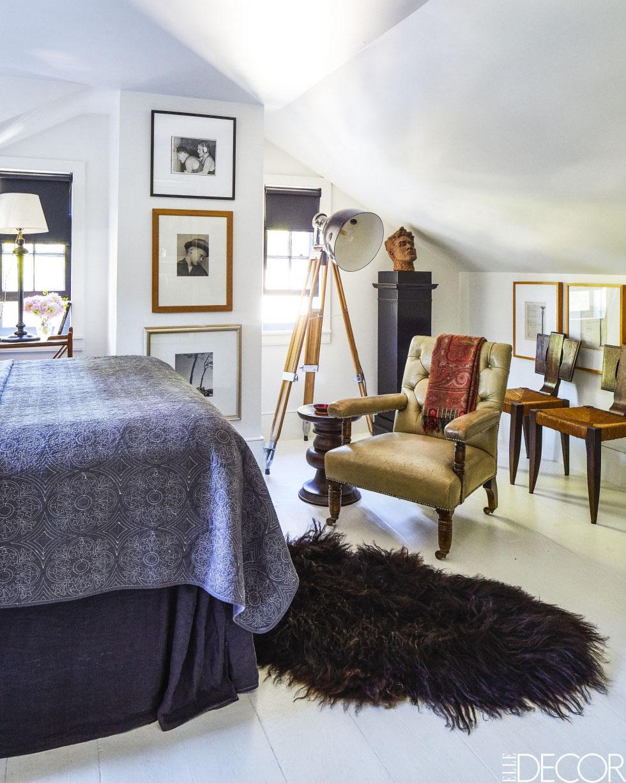 02-casa-de-campo-e-decorada-com-moveis-antigos-e-obras-de-arte
