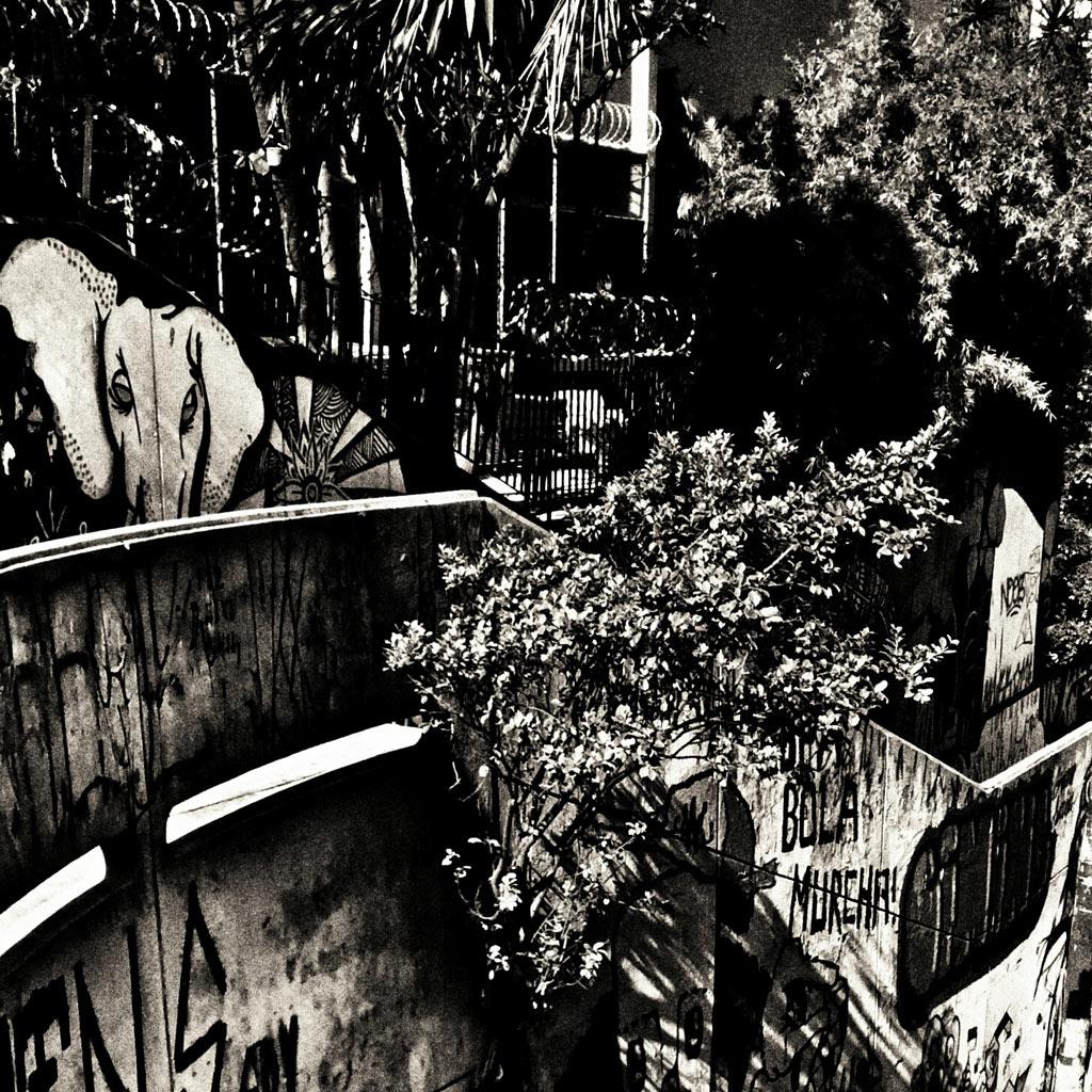 02-fotografo-captura-detalhes-da-metropole-na-serie-sao-paulo-cinza