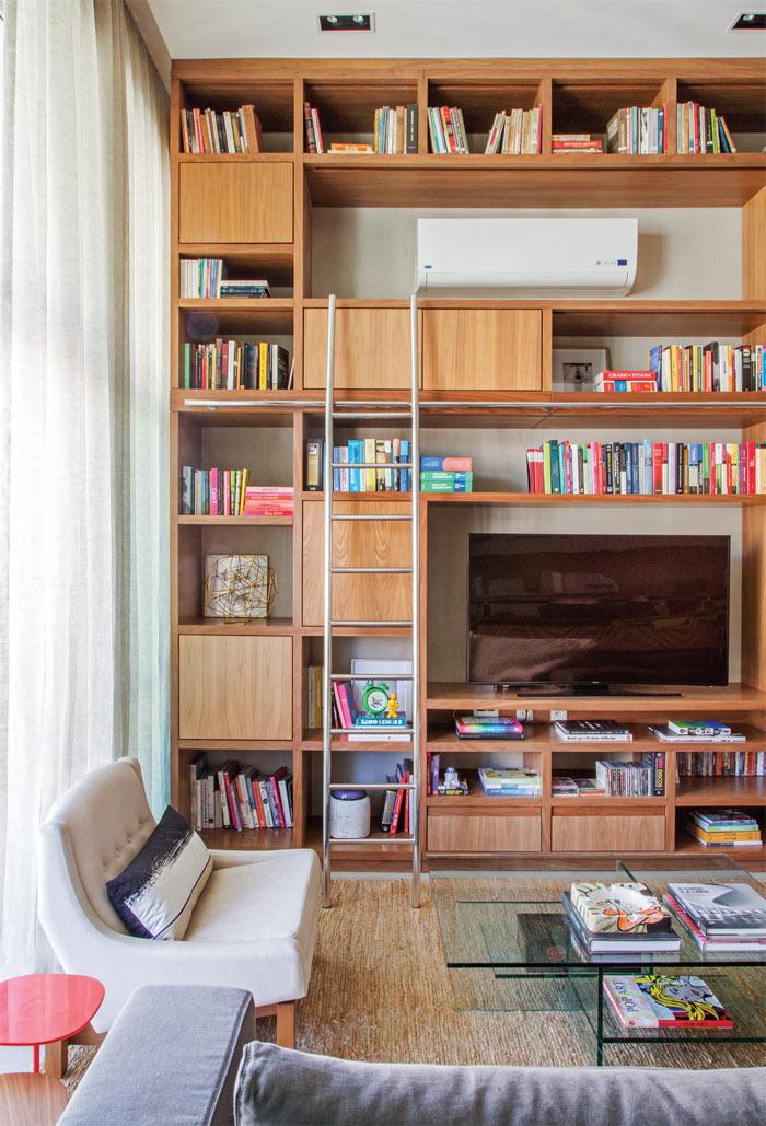 02-loft-de-100-m2-no-rio-tem-mix-de-madeira-e-tijolinho